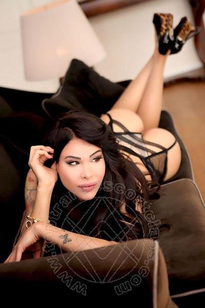 Laura Italiana  BARI   328 1295155