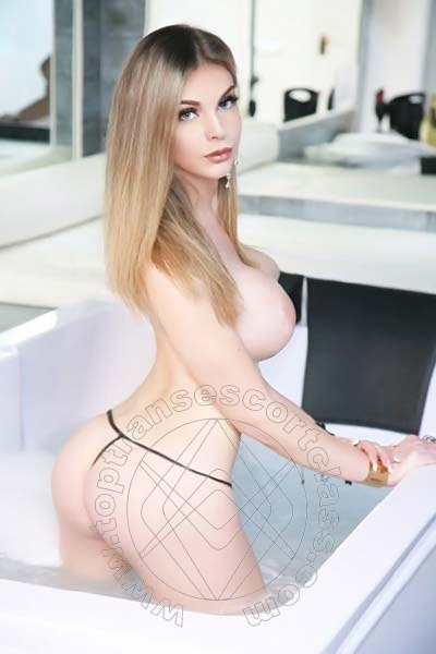 Greta Morelli  PONTE SAN GIOVANNI 338 3235295