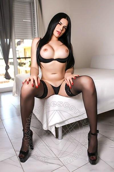 Esmeralda Hot  GENOVA 328 6207927