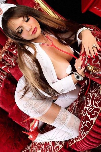 Dottoressa Mony  GENOVA 324 8405735