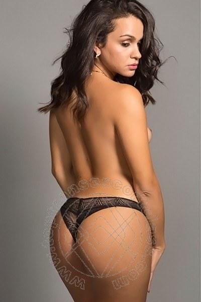 Camilla Honey  SAN PAOLO 0055 11 986746809